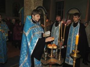 01 Всенощное бдение в Покровском кафедральном соборе